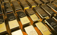Gold moves in a downfall